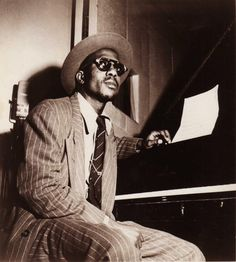 The 50 Most Stylish Musicians of the Last 50 Years Thelonius Monk - He could pull off two looks — squash glasses and stingy brim hats — with extreme ease. A feat not for everyone. Jazz Artists, Jazz Musicians, Music Icon, My Music, Thelonious Monk, All That Jazz, Jazz Blues, Esquire, Style Guides
