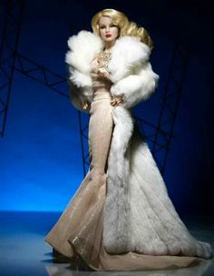The Fashion Doll Chronicles: The Heist: The Fashion Royalty Convention collection!