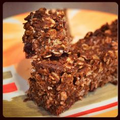 Clean Eating Meets County Girl: 21 day fix high protein chocolate peanut butter snack bars