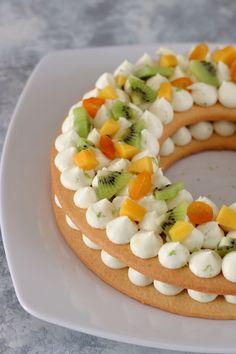 5 tips for cream cakes Strawberry Torte Recipe, Raspberry Torte, Number Birthday Cakes, Number Cakes, Apple Recipes, Cake Recipes, Dessert Recipes, German Torte Recipe, Alphabet Cake