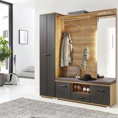 Praktická předsíńová sestava s volitelnou šatní skříní nábytek je dodáván již se zabudovaným LED osvětlením. Přední plochy: lakovaný laminát, grafitová matná MDF / PERFECT TOUCH. Korpus: dub Riviera světlý imitace. Boutique Interior, Vestibule, Diy Bedroom Decor, Home Decor, Entryway, Interior Design, Furniture, Recherche Google, Dressing Room Closet
