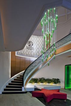 Built by Art Arquitectos in Mexico City, Mexico with date Images by Paul Czitrom. The project for the Heineken bar and corporate offices of Cuauhtémoc Moctezuma Heineken Mexico located in a big house. Interior Design Pictures, Mexico Art, Beautiful Villas, Stairway To Heaven, Big Houses, Stairways, My Dream Home, Decoration, Home Art
