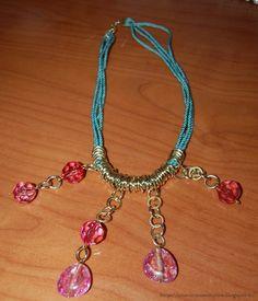 Tante piccole idee realizzate: Collana in cordoncino ritorto con anelli e perle fucsia