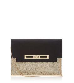 Pochette noire et dorée ♥. Prix : 15€. >>> newlook.