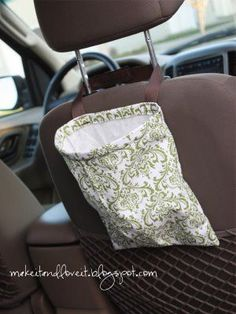 Trash Bag  Car:  simple and easy project to keep your car tidy.  www.makeit-loveit.com