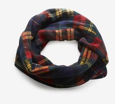 """Brand:   Ralph Lauren    Material Content:   80% Wool, 20% Cashmere    Color:   Red, blue and multicolor   V Not returnable   Measurements:  20"""" Width, 21.75"""" Length"""