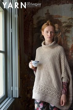 This is CROCHET! Envelop yourself in this soft winter light poncho. The crocheted cables give a dramatic touch as they catch the light from every angle. Crochet Cable, Crochet Poncho, Crochet Home, Crochet For Kids, Sewing Patterns, Crochet Patterns, Sweater Patterns, Crochet Ideas, Winter Light