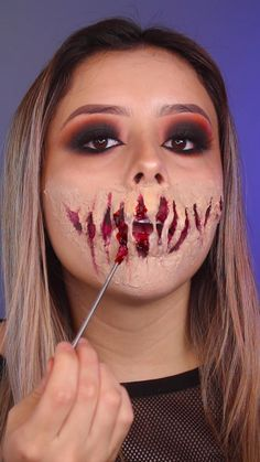 Creepy Halloween Makeup, Amazing Halloween Makeup, Halloween Eyes, Scary Makeup, Halloween Face Paint Scary, Mummy Makeup, Creepy Doll Makeup, Cute Clown Makeup, Demon Makeup