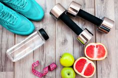 What if Work and School Made Us Track Our Food and Exercise? http://www.foodmatters.com/article/what-if-work-and-school-made-us-track-our-food-and-exercise #corevity #health #exercise