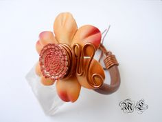 pulsera flor cuero