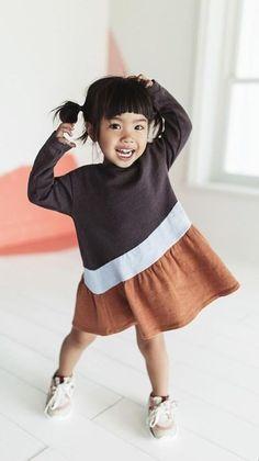 kids clothes girl dress kids fashion cute kids c Little Kid Fashion, Baby Girl Fashion, Toddler Fashion, Fashion Kids, Look Fashion, Fashion Clothes, Modern Fashion, Dress Fashion, Womens Fashion