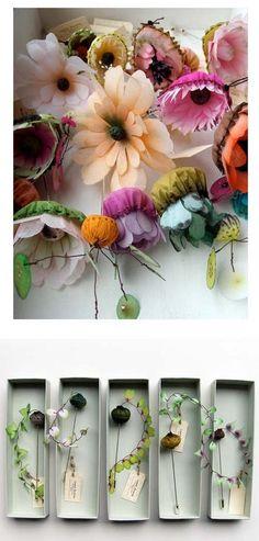 paper flowers - designed by Lyndie Dourthe (via lyndidourthe.monsite-orange.fr)
