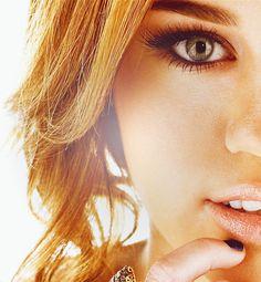 Miley Cyrus -Make up Noah Cyrus, Beauty Makeup, Hair Makeup, Hair Beauty, Eye Makeup, Miley Cyrus, Pretty People, Beautiful People, I Look To You