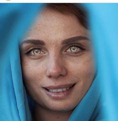 Beautiful Green Eyes, Stunning Eyes, Beautiful Girl Image, Pretty Eyes, Cool Eyes, Rare Eyes, Amber Eyes, Beautiful Bollywood Actress, Girls Image