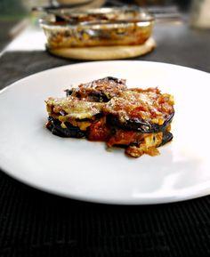 μελιτζάνες παρμεζάνα Lasagna, Casserole, Recipies, Food Porn, Pork, Vegetarian, Meat, Vegetables, Ethnic Recipes