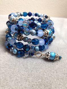 Shades of blue memory wire bracelet