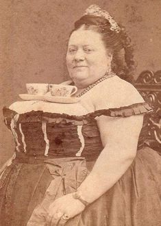 Weird Vintage Photos... Some slightly/significantly odd