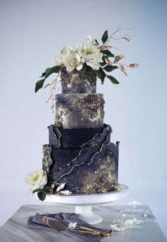 wedding cakes black Black textured with By the Turquoise Squirrel Patisserie Creative Wedding Cakes, Cool Wedding Cakes, Beautiful Wedding Cakes, Wedding Cake Designs, Wedding Cake Toppers, Beautiful Cakes, Amazing Cakes, Perfect Wedding, Cupcake Torte