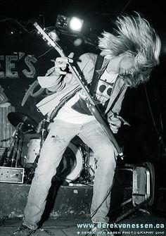 Kurt Cobain :3