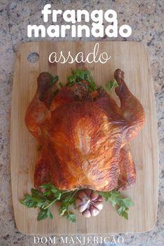 frango assado no forno, deliciosamente úmido e suculento, Melhor que o frango da padaria.