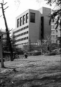 Bankinter, BCN 1976 Facades, Bricks, Explore, Architecture, Building, Arquitetura, Spanish Architecture, Construction, Brick