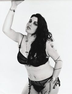 Batch Bust It Open- Plus Size Models are What's Sizzling Today- Mia Tyler Mia Tyler, More Curves, Beautiful People, Beautiful Women, Glamour Photo, Body Love, Plus Size Model, Body Inspiration, Real Women