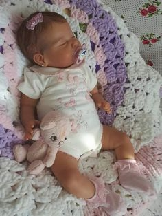 "Visit our site for additional relevant information on ""real life baby dolls"". It is actually an excellent place for more information. Baby Dolls For Sale, Life Like Baby Dolls, Real Baby Dolls, Realistic Baby Dolls, Cute Baby Dolls, Baby Girl Dolls, Reborn Baby Boy, Reborn Toddler Dolls, Newborn Baby Dolls"