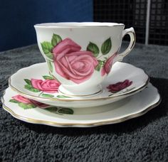 VINTAGE ROYAL VALE Bone China Tea Cup + BB Plate | 1960's