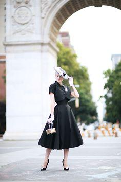 Rachel Ann Jensen ♥: Classic New Look Secret In Lace, Lady Jane, Vintage 1950s Dresses, Beauty Pageant, Retro Chic, Sexy Stockings, Classic Outfits, Elegant Woman, Pretty Dresses