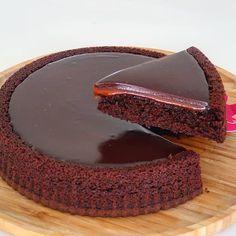 """383 Beğenme, 7 Yorum - Instagram'da Keşfedilmemiş lezzetler (@lezzetduraklari.tr): """"Güzel fikirler ,pratik ve Tarifli Yemeklerin paylasim Adresi Takip @lezzetduraklari.tr 👈🏻…"""" Strawberry Desserts, Mini Desserts, No Bake Desserts, Delicious Desserts, Yummy Food, Chocolate Coffee, Chocolate Desserts, Easy Cake Recipes, Dessert Recipes"""