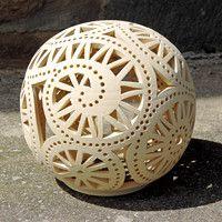 Lampy, svícny / Keramika   Fler.cz Chandeliers, Let Your Light Shine, Gourd Art, Gourds, Ceramic Art, Lanterns, Deco, Arts And Crafts, Coconut