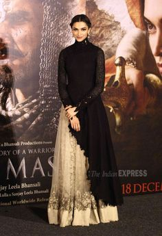 Deepika Padukone-Ranveer Singh are royal at 'Bajirao Mastani' trailer launch Indian Attire, Indian Wear, Indian Outfits, Indian Gowns Dresses, Pakistani Dresses, Indian Designer Outfits, Designer Dresses, Ethnic Fashion, Indian Fashion