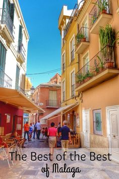 Whether you like art, history, architecture, the beach or delicious food, when you visit the Capital of the Costa del Sol you are guaranteed to have a wonderful time-- and Malaga, the capital of the Costa del Sol is a combination all of these things! While we love everything about our city, there are some places that really stand out. So here is the best of the best of Malaga, the things to do in Malaga that you simply can't miss when you are visiting the city!