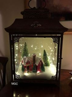 Cheap and Easy Dollar Store Christmas Decorating Ideas – Winter Scene Lantern : Create some awesome Christmas decorations for your home this festive season with a winter scene in a jar or lantern. You can buy all the supplies you need at your local dollar Lantern Christmas Decor, Christmas Table Centerpieces, Rustic Christmas, Xmas Decorations, Christmas Holidays, Christmas Ornaments, Cheap Christmas, Outdoor Christmas, Christmas Decorations For The Home