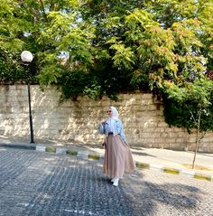 Hijab Outfit, Tulle, Skirts, Outfits, Fashion, Moda, Suits, Fashion Styles, Skirt