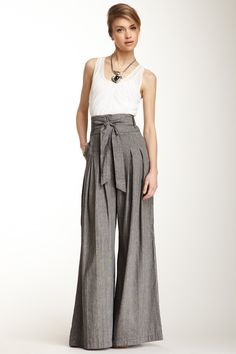 Cross Dyed Linen Blend Coulotte Pant on HauteLook. Work this look Culotte Pants, Palazzo Trousers, Vetement Fashion, Inspiration Mode, Wide Leg Pants, High Waist Pants, High Waisted Culottes, High Waisted Palazzo Pants, Mode Hijab