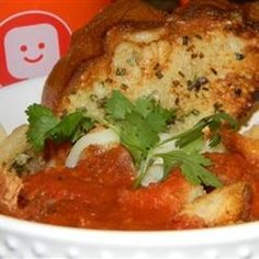 Tomato, Capsicum and Tortellini Soup recipe Tomato Red Pepper Soup, Roasted Red Pepper Soup, Roasted Red Peppers, Tomato Soup, Sweet Red Pepper, Tortellini Pasta, Italian Soup, Fresh Bread, Soup And Salad