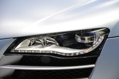 Phare Audi R8