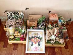 Creative Wedding Gifts, Diy Wedding Gifts, Wedding Gift Boxes, Wedding Cards, Wedding Ring Box, Acrylic Wedding Invitations, Wedding Invitation Samples, Rustic Hampers, Wedding Hamper