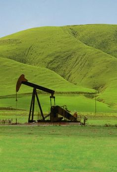 Before stepping into the process of selling mineral rights, oil royalties and gas royalties, you need to know the basics and deep information regarding the proper, legal and efficient ways in which you should make deals regarding the sale or purchase of an Oil and gas Royalty https://www.evernote.com/shard/s483/sh/61145ddd-a42d-4d70-bc20-32856cb0c4a2/b467d2acaa988ff8dbf1d06f35d92049