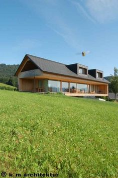 35 efh_schwarzenberg – Famous Last Words Modern Barn House, Modern House Design, Dream House Exterior, Forest House, Cabana, Future House, Modern Architecture, Building A House, House Plans