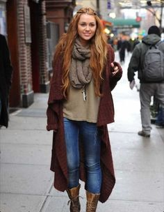20 Winter Boho Outfit Ideas For Women · Inspired Luv - Winter Fashion Boho Outfits, Style Outfits, Casual Outfits, Easy Outfits, Outfit Styles, Cardigan Outfits, Casual Jeans, Long Cardigan, Sweater Jacket