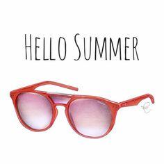 Oi verão 😎  @polaroideyewear  #fashion #illustration #fashionillustration  #ilustração #fashionart #art #artwork #arte #instaart #fashionsketch #draw #drawing #handdrawn #handdrawing #instadraw #instadrawing #fashionstyle #fashionaddict #fashionaddicted #glasses #sunglasses #oculos #oculosdesol #moda #summer #summertime