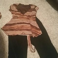 Cute neutral  colors top Tie back brown cream and pink v cut top Tops