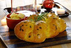 Pompoenbrood met kaas en rozemarijn