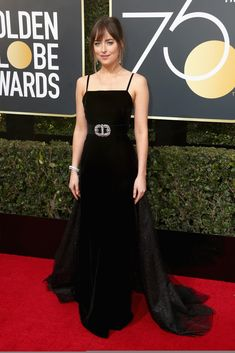So gorgeous!! DAKOTA JOHNSON ATTENDS THE 75TH GOLDEN GLOBE AWARDS IN LOS ANGELES, CALIFORNIA ❤️❤️❤️(JAN. 7TH) Cr. @DakotaJLife