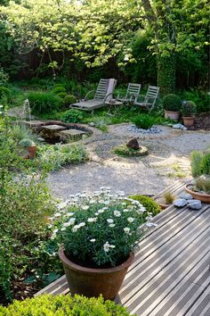 8 garden design features that will make the whole space come together as one