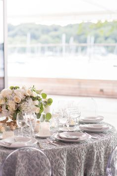 Check out this beautiful shoot from Elizabeth Anne Designs and Dulce Dreams Events, photographed by Charlie Juliet at the beautiful waterfront Harbor Club at Prime! Coastal Wedding Inspiration, Florida Keys Wedding, Plum Pretty Sugar, Elizabeth Anne, Summer Fresh, Organic Modern, Nautical Wedding, Wedding Blog, Real Weddings