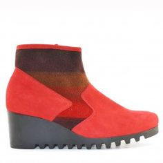ARCHE low-boot LARIZY