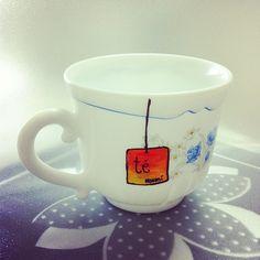 "Mi ""nueva"" taza de té :) Creative rainy morning."